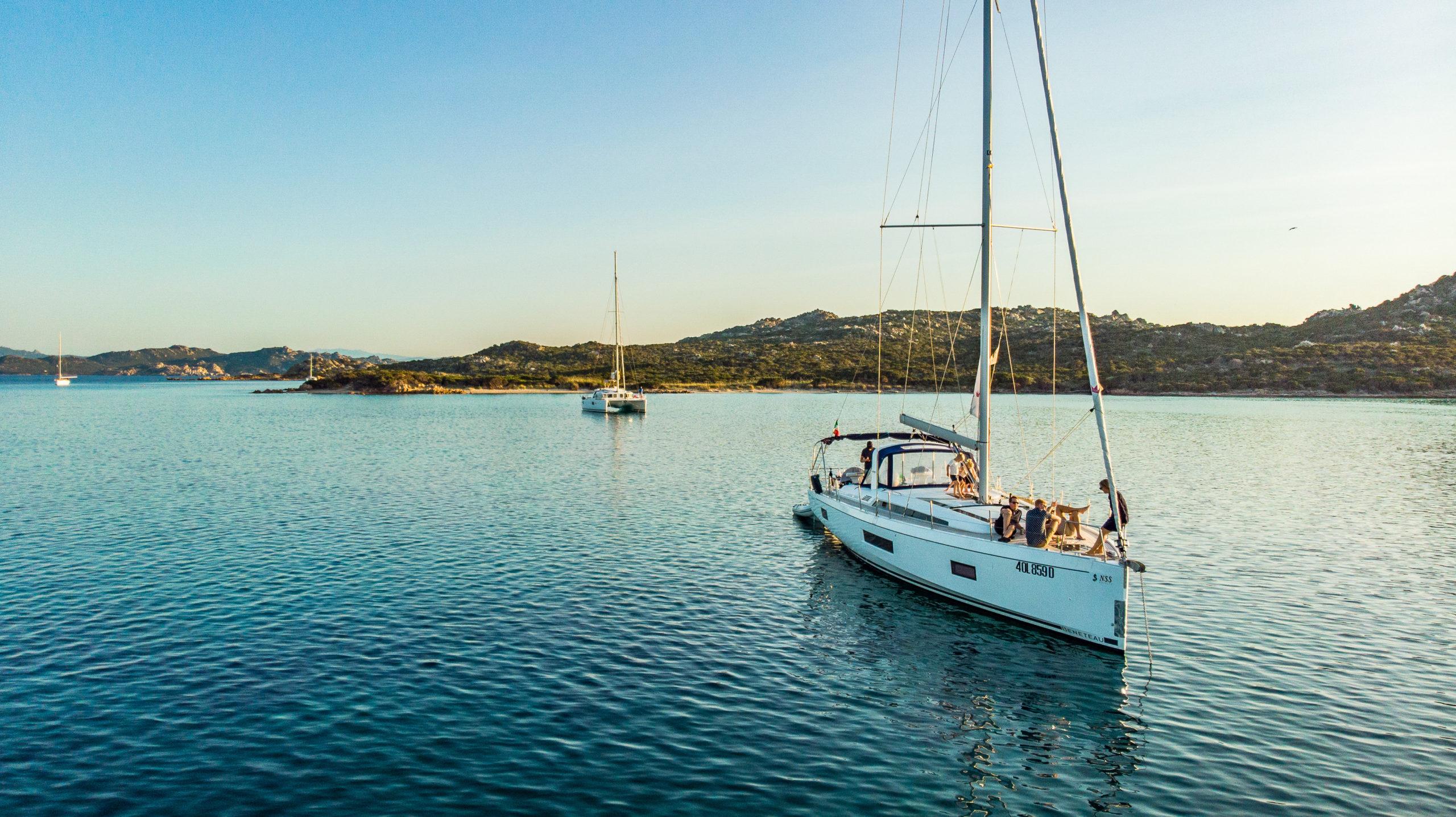 Likheter och skillnader mellan Korsika och Sardinien